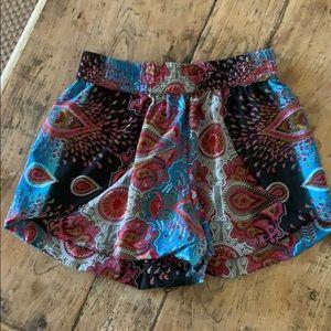Elan Shorts - Shorts